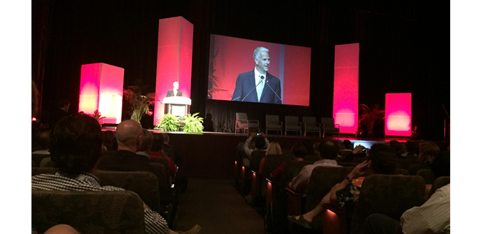 InfoComm CEO, David Labuskes, welcomes the crowd and introduces the Keynote panelists.